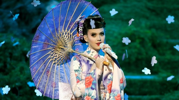 katy-perry-geisha