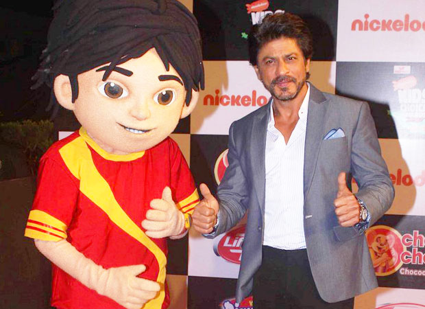 Shah-Rukh-Khan-win-'Kid_-Ikon-of-the-Year_-award-at-Nickelodeon_s-Kids-Choice-Awards-2016